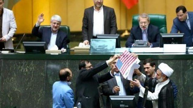 تعدادی از نمایندگان مجلس شورای اسلامی