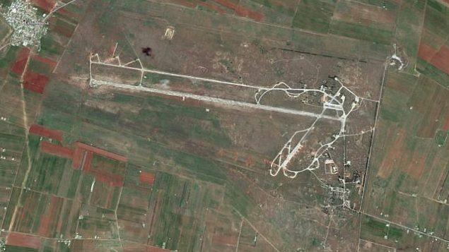 توضیح تصویر: پایگاه هوایی الکوثر در غرب سوریه (Google Earth)