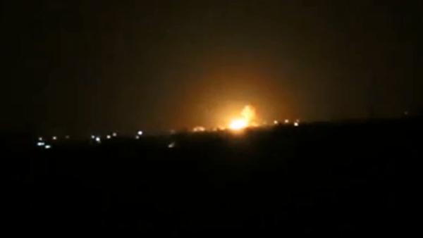 عکس آرشیوی از حملات پیشین اسرائیل به اطراف فرودگاه دمشق