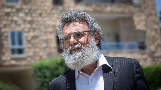 توضیح تصویر: خاخام محافظه کار، داو حیون هنگام ورود به اقامتگاه ریاست جمهوری در اورشلیم، 19 ژوئن 2018. پلیس صبح زود همان روز حیون را بازداشت کرد. (Miriam Alster/FLASH90)