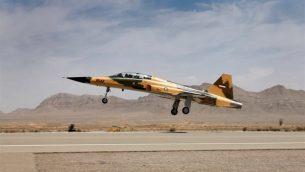 هواپیمای جنگنده ایرانی با نام «کوثر» رونمایی شد
