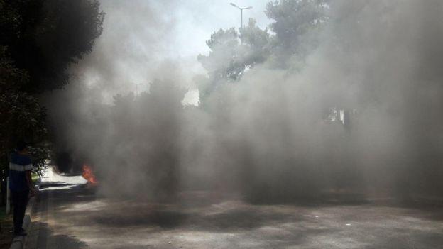 صحنه ای اعتراضات اخیر ایران