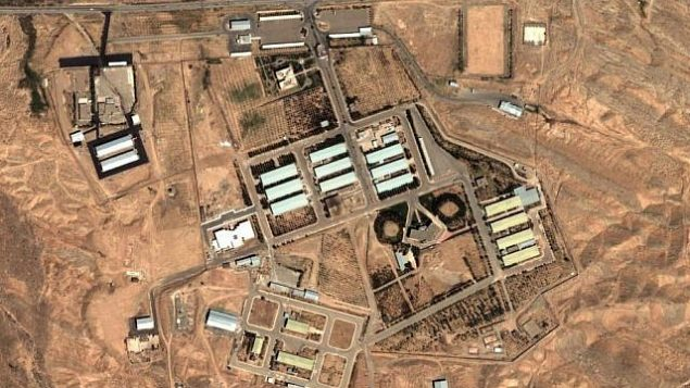 تصویر:تصویر ماهواره ای از تاسیسات پارچین، آوریل ۲۰۱۲. (AP/Institute for Science and International Security)