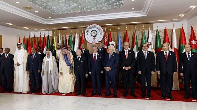تصویر: رهبران عرب در مقابل دوربین، پیشاپیش سی امین نشست اعراب در شهر تونس، پایتخت تونس، ۳۱ مارس ۲۰۱۹. (Zoubeir Souissi, Pool photo via AP)