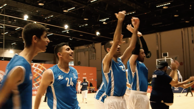 تیم نه-نفره مردان در رقابت هایی که برای اولین بار در خاورمیانه برگزار می شود ایالات متحده و کانادا را شکست داد