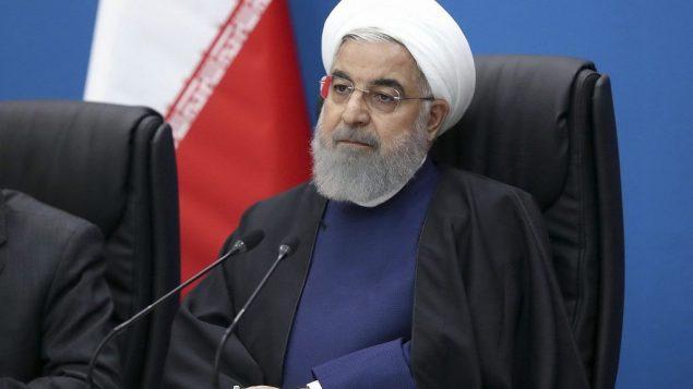 تصویر: عکسی از حسن روحانی رئیس جمهور ایران در جلسه ای در شهر اهواز، جنوب غربی ایران در بازدید از استان خوزستان، ایران، که در ۲۹ مارس ۲۰۱۹ در وبسایت رسمی ریاست جمهوری ایران منتشر شد.  (Iranian Presidency Office via AP)