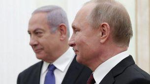 تصویر: ولادیمیر پوتین رئیس جمهور روسیه، راست، در ملاقات با بنیامین نتانیاهو نخست وزیر در کرملین، مسکو، ۲۷ فوریه ۲۰۱۹. (Maxim Shemetov/Pool/AFP)