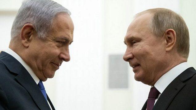 تصویر: ولادیمیر پوتین رئیس جمهور ایالات متحده، راست، حین گفتگو با بنیامین نتانیاهو نخست وزیر در ملاقات ۴ آوریل ۲۰۱۹ در کرملین، مسکو. (Alexander Zemlianichenko / POOL / AFP)