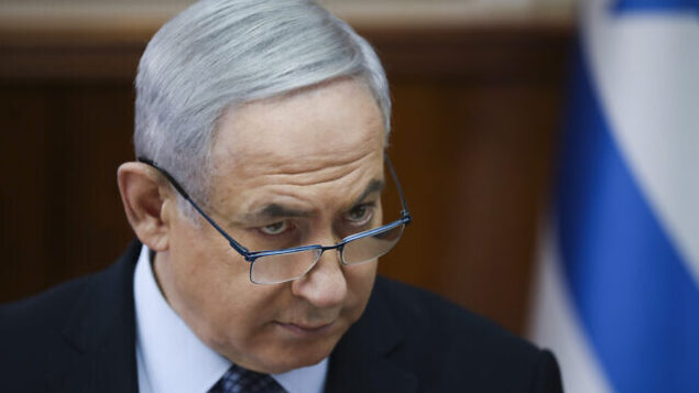 تصویر: بنیامین نتانیاهو نخست وزیر، حین ریاست بر جلسه هفتگی کابینه در مقر نخست وزیری، اورشلیم، ۳ نوامبر ۲۰۱۹. (AP Photo/Oded Balilty, pool)