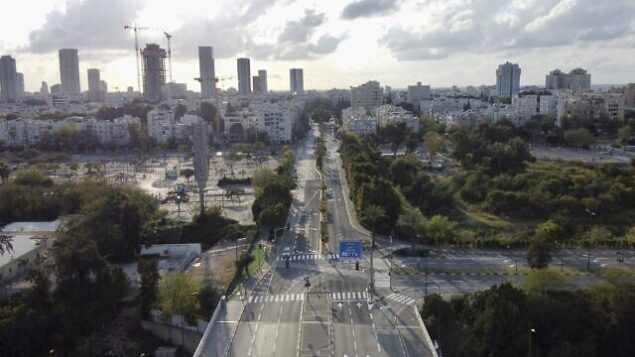 Roads are empty during a lockdown to help stop the spread of the Coronavirus, in Tel Aviv, Israel, Thursday, April 9, 2020. (AP Photo/Ariel Schalit)