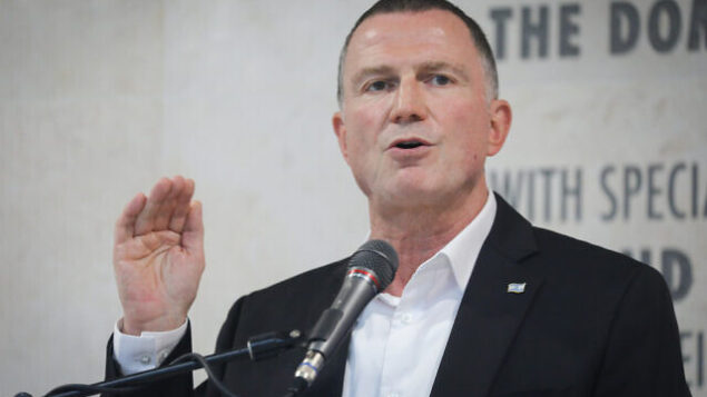Minister of Health Yuli Edelstein seen during a visit at the Hadassah Ein Kerem hospital in Jerusalem, on July 15, 2020. Photo by Yonatan Sindel/FLASH90 *** Local Caption *** הדסה קורונה שר הבריאות יולי אדלשטיין