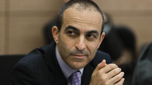 Director-General of Israel's Health Ministry Prof. Roni Gamzu attends a Finance committee meeting in the Israeli parliament on January 7, 2014. Photo by Flash90 *** Local Caption *** åòãú äëìëìä ùì äëðñú äöòú çå÷ äâáìú äôøñåîú åäùéåå÷ ùì îåöøé èá÷  îðäì ëììé îùøã äáøéàåú ôøåôñåø øåðé âîæå