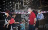 تصویر: بازارچه «گن مئر» تل آویو که در طول تعطیل سراسری کرونا در اسرائیل بسته شده، ۱۳ اکتبر ۲۰۲۰.  (Miriam Alster/FLASH90)