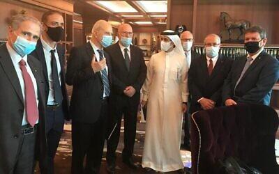 تصویر: هیئت اسرائیل متشکل از اعضای اتاق بازرگانی اسرائیل، انجمن صاحبان کارخانجات، و مؤسسات تخصصی در سفر به دوبی، نوامبر ۲۰۲۰. (Manufacturers Association of Israel)
