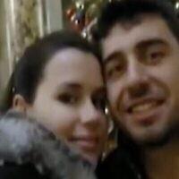 تصویر: کایلا مور-گیلبرت و شوهرش روسلان هودوروف. (Screenshot: Twitter)