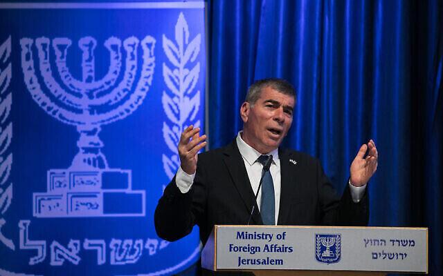 تصویر: گابی اشکنازی وزیر خارجه اسرائيل در مقر وزارت خارجه در اورشلیم، ۱۰ ژوئن ۲۰۲۰.  (Olivier Fitoussi/Flash90)