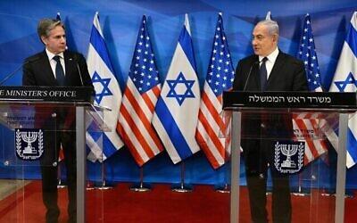 تصویر: وزیر خارجهٔ ایالات متحده، آنتونی بلینکن، حین گفتگو در کنار بنیامین نتانیاهو نخست وزیر اسرائيل در مقر نخست وزیری در اورشلیم، ۲۵ مه ۲۰۲۱. (Haim Zach / GPO)