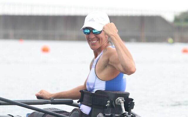 تصویر: موران ساموئل قایقران، برندهٔ مدال نقره در بازیهای المپیک ۲۰۲ توکیو، ۲۹ اوت ۲۰۲۱.  (Lilach Weiss/Israel Paralympic Committee)