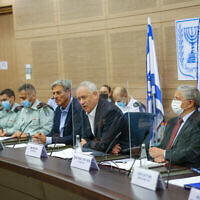 تصویر: بنی گانتز وزیر دفاع حین سخن در کمیتهٔ امور خارجی و دفاعی کنست، ۱۹ اکتبر ۲۰۲۱.  (Noam Mushkovitz/Knesset Spokesperson)