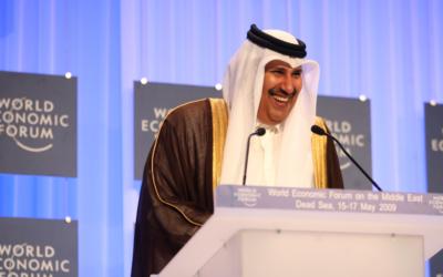 Le Premier ministre qatari Hamad bin Jassem Al-Thani (Crédit : CC-BY-SA World Economic Forum, Wikimedia Commons)