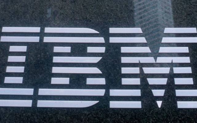 Le logo IBM (Crédit : Serge Attal/Flash 90)