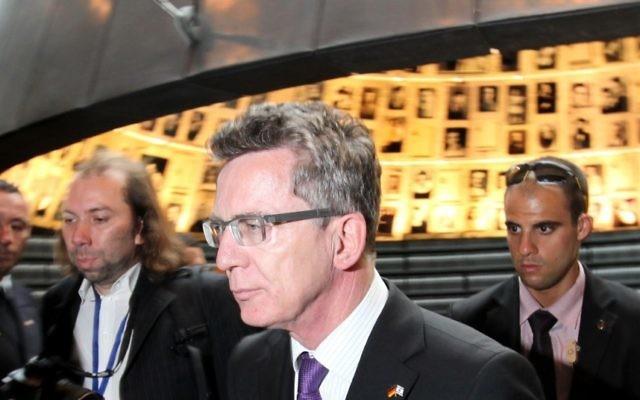 Le ministre de l'Intérieur allemand Thomas de Maizière (Crédit : Kobi Gideon/Flash90)