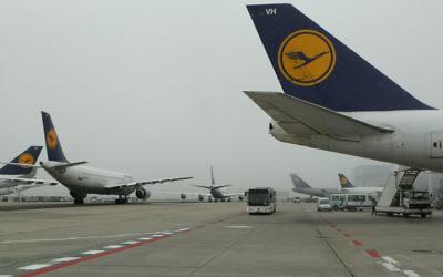 Image illustrative d'un avion de la Lufthansa  (Crédit : Kobi Gideon/Flash90)