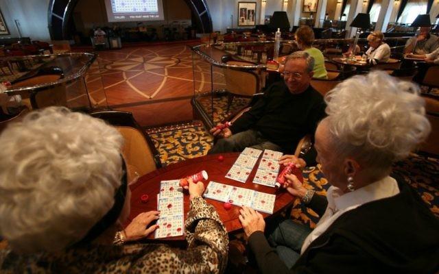 Jeu de casino sur un bateau de croisière.  (Crédit : Yossi Zamir/Flash 90)