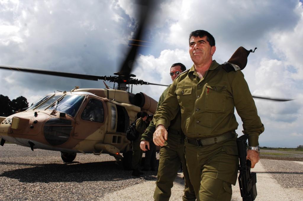 Former IDF chief of staff Gabi Ashkenazi in 2007. (photo credit: Abir Sultan/Flash90)