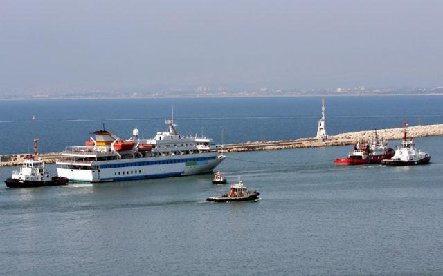 Le Mavi Marmara au port de Haifa (Crédit: Herzl Shapira/Flash 90)