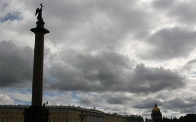 St. Petersbourg cityscape with the Alexander Column and St. Isaacs Cathedral in the background (photo credit: Anna Kaplan/Flash90)