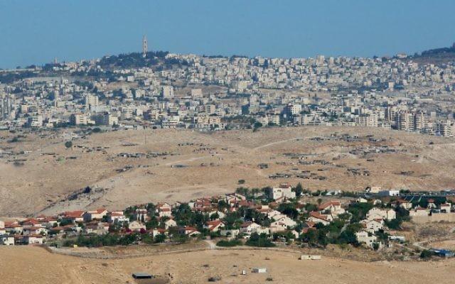 Vue panoramique du Gush Etzion, en Cisjordanie.  (Crédit : Moshe Shai/Flash90)