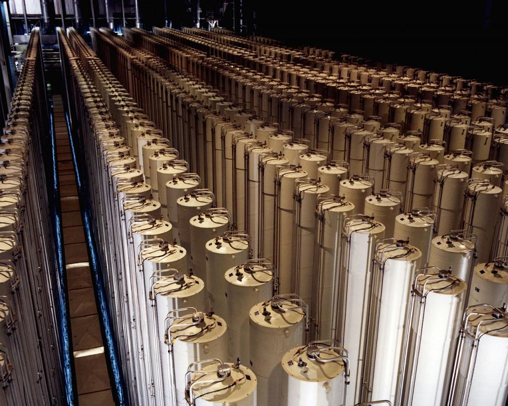 Centrifuges enriching uranium (Photo credit: US Department of Energy/ Wikimedia Commons)