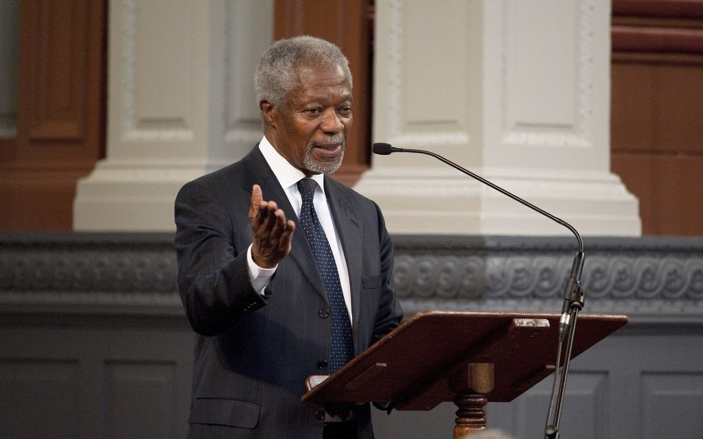 Former UN Secretary-General Kofi Annan disagrees with US President Bill Clinton over what went wrong during Israeli-Palestinian peace talks. (Photo credit: Rob Judges)