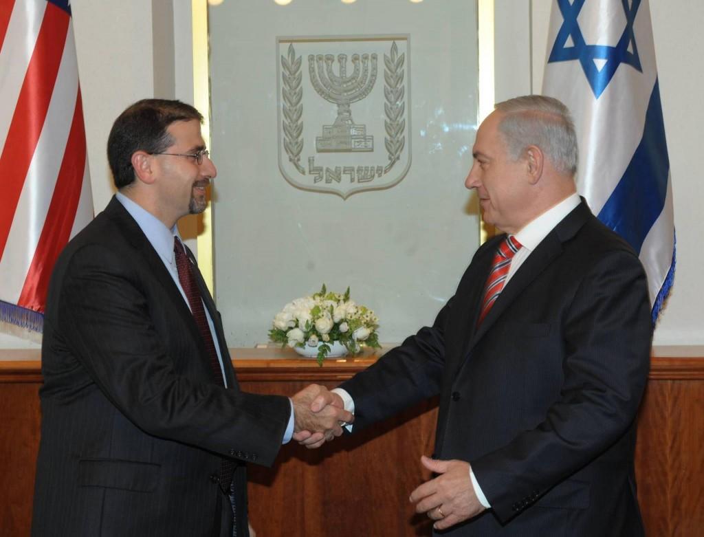 Ambassador Dan Shapiro meets PM Benjamin Netanyahu in Jerusalem, November 7, 2012. (photo credit: Amos Ben Gershom/GPO)