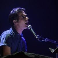 Le chanteur israélien Aviv Geffen en juin 2012 (Crédit : Uri Lenz/FLASH90)
