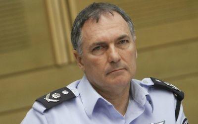 Le chef de la police israélienne Yohanan Danino (Crédit : Miriam Alster/Flash90)