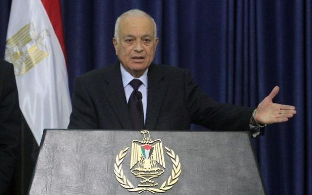 Le secrétaire général de la Ligue arabe Nabil Elaraby pendant une conférence de presse à Ramallah, le 29 décembre 2012. (Crédit: Issam Rimawi/Flash90)