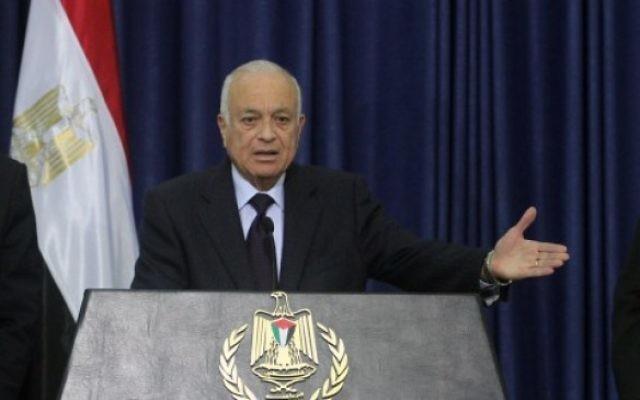 Nabil al-Arabi à Ramallah en 2012 (Crédit : Issam Rimawi/Flash90)