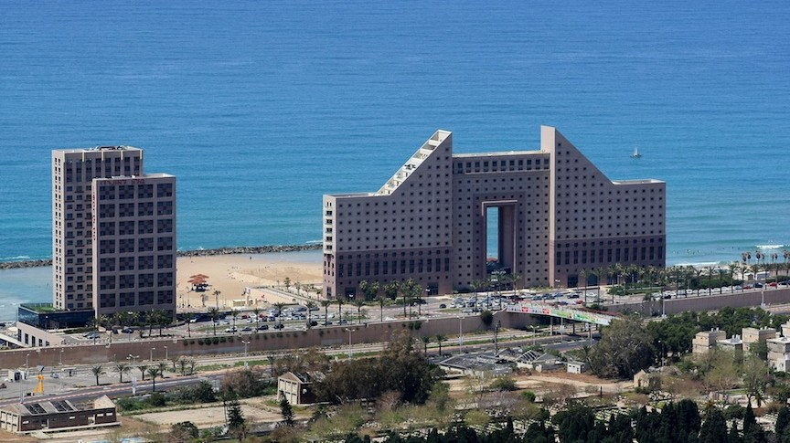 View of the Leonardo hotel on the beachside of Haifa (Photo credit: Moshe Shai/FLASH90)