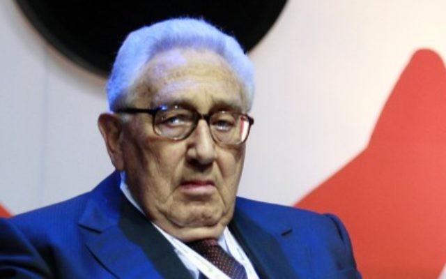 Henry Kissinger, ancien conseiller national à la sécurité et secrétaire d'Etat des Etats-Unis, à Jérusalem, en mai 2008. (Crédit : Olivier Fitoussi /FLASH90)