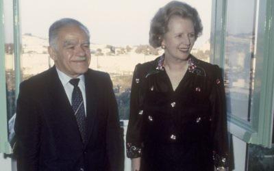 Margaret Thatcher avec Yitzhak Shamir à Jérusalem en 1986. (Crédit: Yossi Zamir/Flash90)