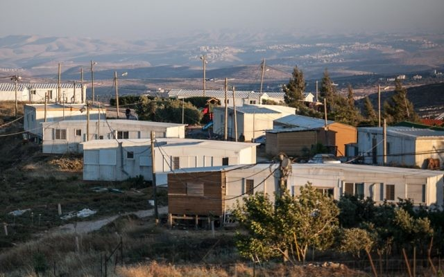 L'avant-poste d'Amona, en Cisjordanie, en juin 2012. (Crédit : Noam Moskowitz/Flash90)
