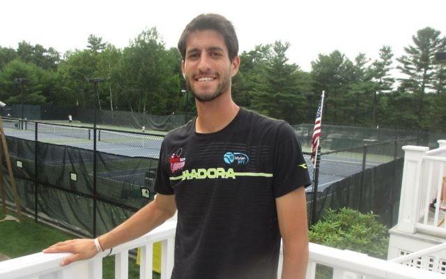 Amir Weintraub, n°2 du tennis israélien. Crédit : Howard Blas/Times of Israel)