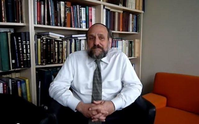 Michael Schudrich, grand rabbin de Pologne. (Crédit : capture d'écran YouTube)