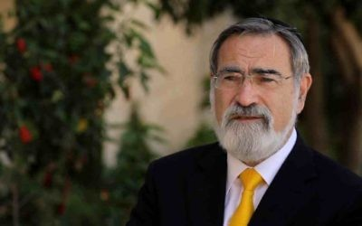 L'ancien grand rabbin du Royaume Uni, Lord Jonathan Sacks (Crédit : autorisation Core18)