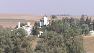 Havat Shikmim, la Ferme Sycomore, appartenant à la famille Sharon (Crédit : Wikipedia/Eman/domaine publique)