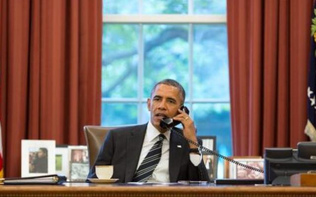 Barack Obama dans le Bureau Ovale (Crédit : Pete Souza via White House Twitter page)