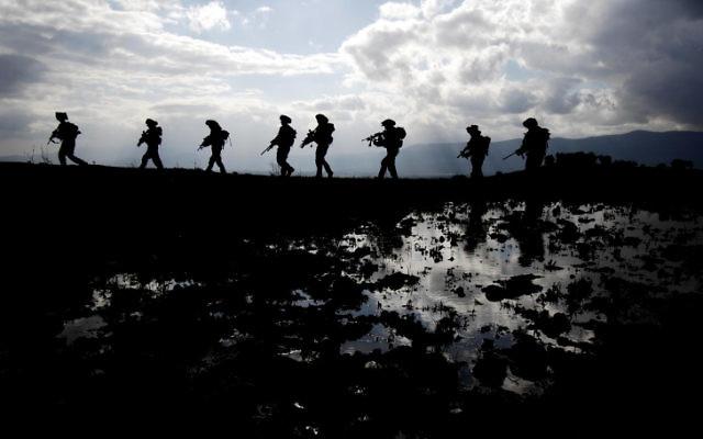 La brigade Golani sur le plateau du Golan. Illustration. (Crédit : Abir Sultan/Flash90)