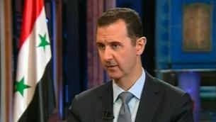 Le président syrien Bachar al-Assad lors d'une interview à Damas (Crédit : capture d'écran Foxnews)